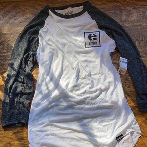 Etnies 3/4 Long sleeve shirt medium